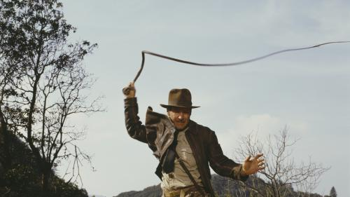 "VIDEO. S'offrir le fouet d'""Indiana Jones"" ou les Nike de ""Retour vers le futur"", c'est possible"