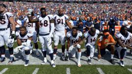 VIDEO. Etats-Unis : pour défier Donald Trump, des sportifs mettent un genou à terre