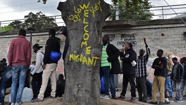 VIDEO. Solidarité : ils ouvrent leur porte aux migrants sans abri