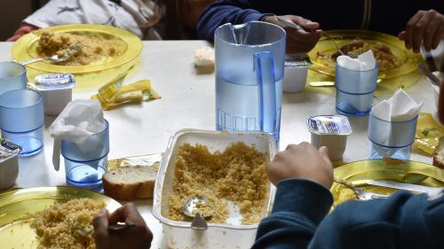Bordeaux : des agents font grève dans les cantines scolaires pour dénoncer le retour des couverts en céramique