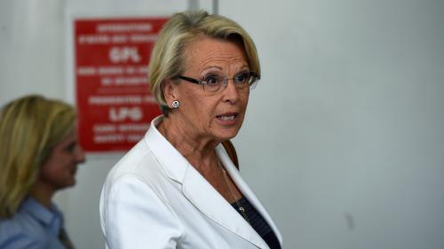 Elections sénatoriales : Michèle Alliot-Marie refoulée de son bureau de vote