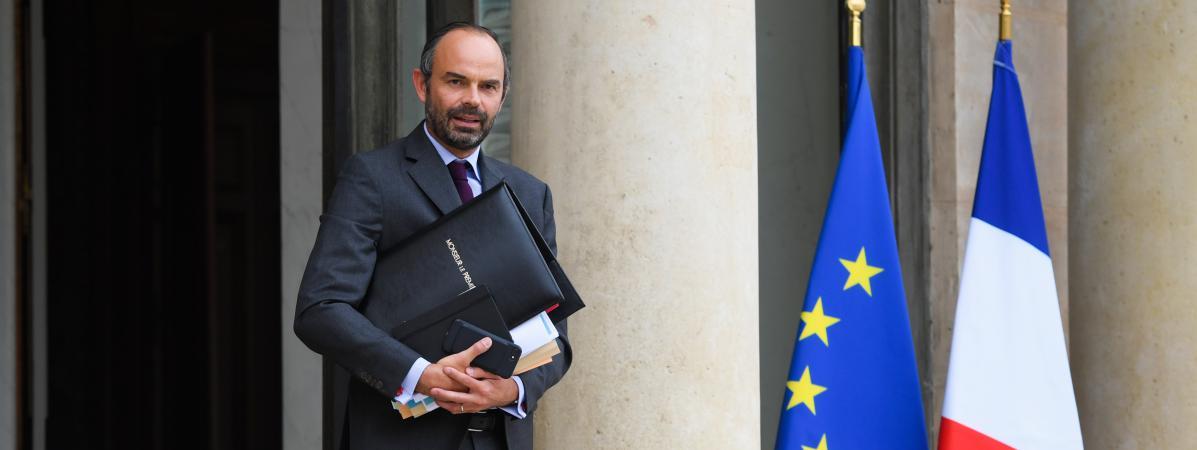 Le Premier ministre, Edouard Philippe, quitte le palais de l'Elysée, le 27 septembre 2017 à Paris.