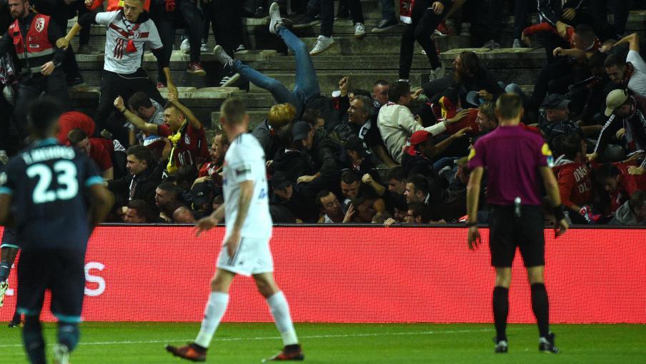 Direct ligue 1 une barri re c de lors du match amiens lille au moins 18 supporters bless s - Amiens lille coupe de france ...