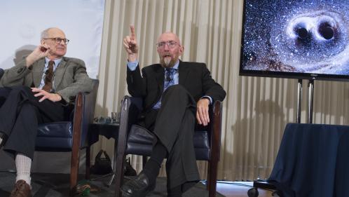 Trois Américains obtiennent le prix Nobel de physique pour la détection des ondes gravitationnelles