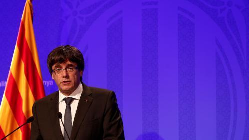 """Catalogne : Felipe VI accuse les dirigeants catalans de s'être placés """"en marge du droit et de la démocratie"""""""