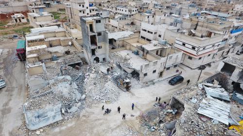 """DOCUMENT FRANCE 2. """"On n'a pas d'autre choix que de revenir"""" : en Syrie, le difficile retour des habitants à Alep, meurtrie par la guerre"""