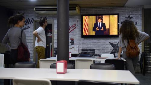 """DIRECT. Le dirigeant catalan Carles Puigdemont se dit déterminé à """"appliquer le résultat"""" du référendum d'autodétermination"""
