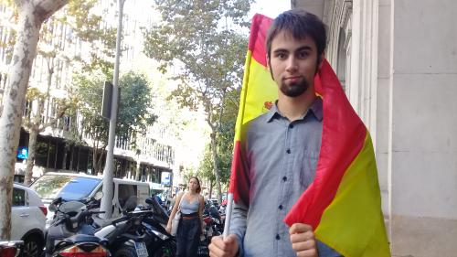 """""""Si je dis la vérité, je perds des clients"""" : en Catalogne, les opposants à l'indépendance racontent la peur des représailles"""