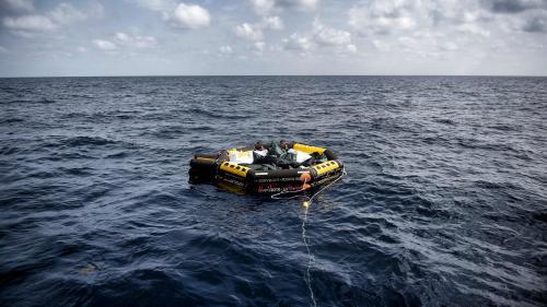 Trafic de migrants : deux ans après son lancement, le maigre bilan de l'opération Sophia