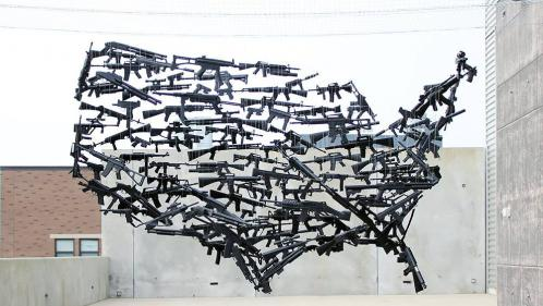 """Fusillade de Las Vegas : l'auteur de l'œuvre """"Gun Country"""" souhaite """"provoquer le débat"""" sur les armes aux Etats-Unis"""