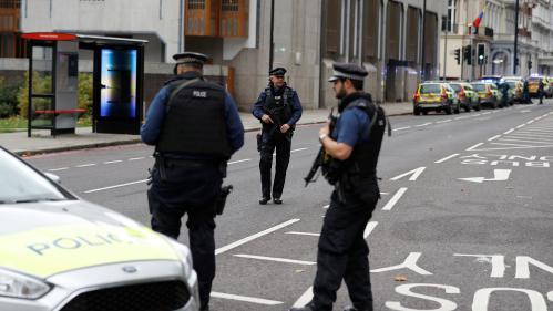 """Londres : la collision qui a fait 11 blessés cet après-midi est """"un accident de la route"""", annonce la police"""