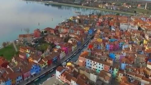 Grand format : voir les villes en couleurs