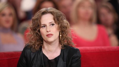 """VIDEO. Affaire Weinstein : """"Je me souviens d'être dans une sorte de panique intérieure"""", témoigne l'actrice Florence Darel"""