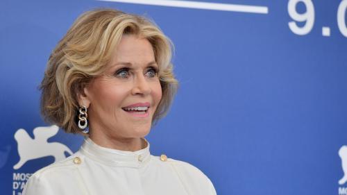 """Affaire Weinstein : Jane Fonda révèle avoir été au courant et regrette de ne pas avoir été """"plus courageuse"""""""