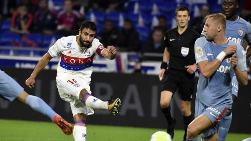 Ligue 1 : Nabil Fekir offre la victoire à Lyon lors du match contre Monaco (3-2)