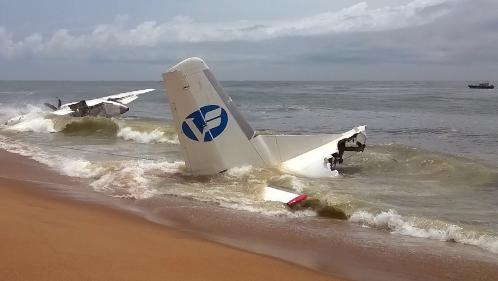 Côte d'Ivoire : un crash d'avion au large d'Abidjan fait quatre morts et six blessés, dont des Français