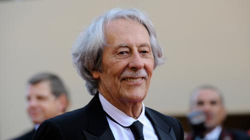 """Une pétition réclame le """"retrait immédiat"""" de la mort de Jean Rochefort"""