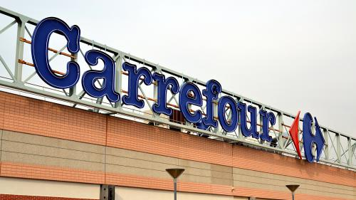 DIRECT. Lait infantile contaminé : Carrefour annonce à son tour avoir vendu des produits Lactalis, malgré les rappels