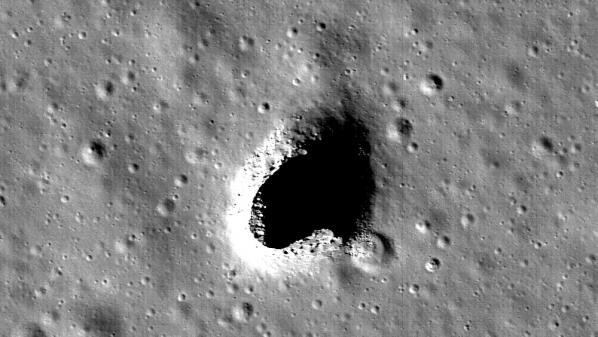 Une grotte géante, qui pourrait servir de base aux astronautes, découverte surlaLune
