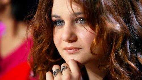 """""""Vieux pervers"""" : la fille d'Eric Besson dit avoir été agressée sexuellement par l'ancien ministre Pierre Joxe"""