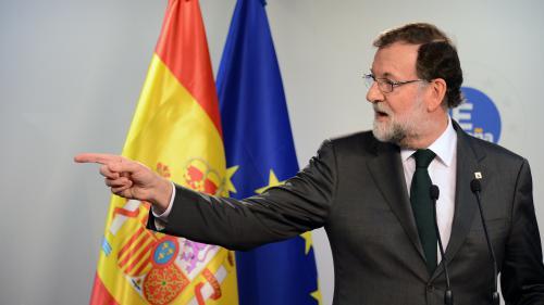 Mariano Rajoy demande la destitution du président catalan et la tenue d'élections régionales