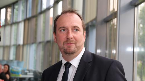 La plainte pour agression sexuelle contre le député Christophe Arend embarrasse LREM