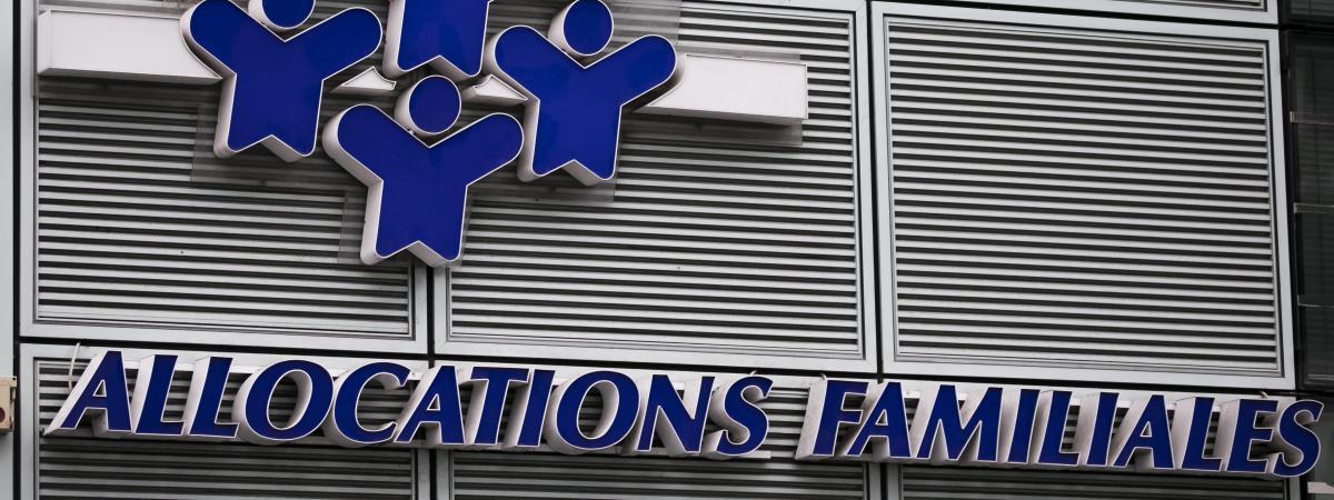 Caf Moins  Euros Des Octobre