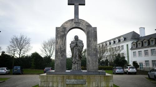 nouvel ordre mondial | Laïcité : la croix de la discorde à Ploërmel