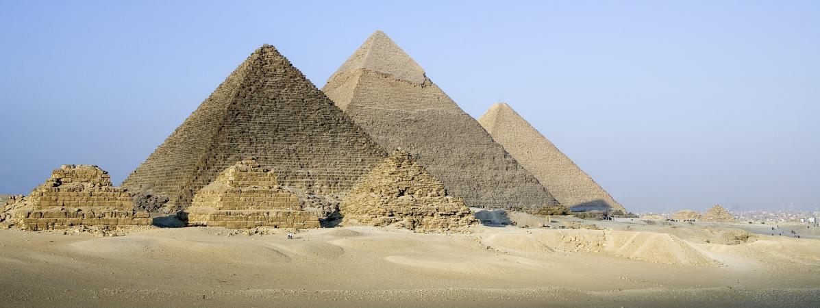 quatre questions sur la dcouverte dun immense trou lintrieur de la pyramide de khops