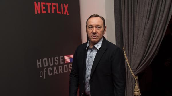 nouvel ordre mondial   Après des accusations d'agressions sexuelles, Kevin Spacey écarté par Netflix de