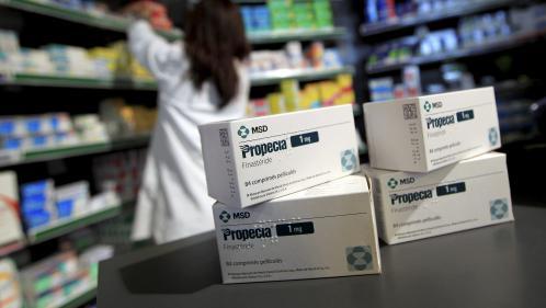 """""""Les effets secondaires du médicament ont ruiné ma vie"""", des consommateurs de Propecia témoignent"""