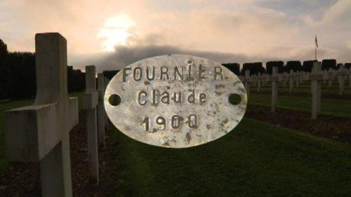 VIDEO. Comment une ville de la Meuse a retracé l'histoire d'un soldat après avoir retrouvé sa plaque