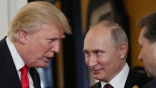 """Trump : """"Poutine m'a dit qu'il ne s'était absolument pas mêlé de notre élection"""""""