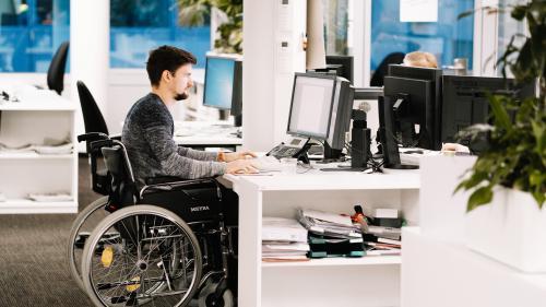 nouvel ordre mondial | On s'y emploie. Handicap : des discriminations fréquentes dans le monde du travail
