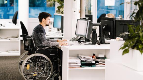 Les personnes handicapées fortement touchées — Chômage