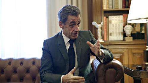 Nicolas Sarkozy placé en garde à vue dans le cadre de l'enquête sur le financement libyen de sa campagne de 2007