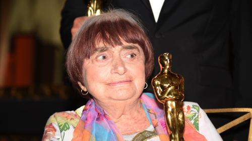 """""""Un moment de plénitude qui représente beaucoup"""": Agnès Varda a reçu un Oscar d'honneur pour l'ensemble de sa carrière"""