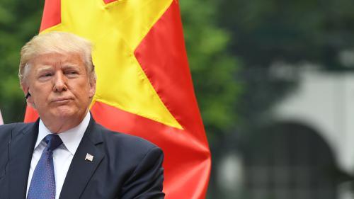"""""""Je ne traiterai jamais Kim Jong-Un de 'petit gros'"""" : Donald Trump refuse que la Corée du Nord le qualifie de """"vieux"""""""