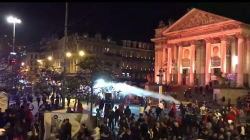 Bruxelles : 22 policiers blessés dans des bagarres après la qualification du Maroc en Coupe du Monde