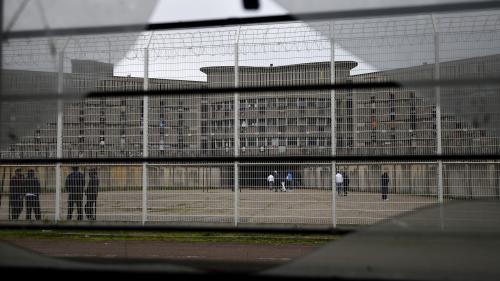 Prison : les surveillants entrent dans leur deuxième semaine de blocage