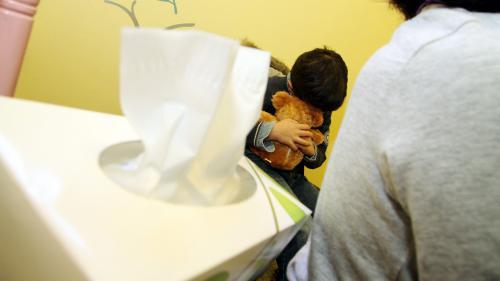 Violences domestiques : près d'un Français sur quatre dit avoir été victime de maltraitances