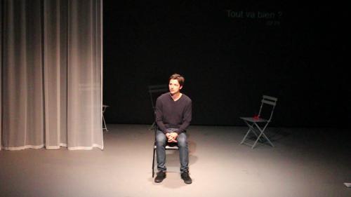 """VIDEO. """"Vous n'aurez pas ma haine"""" : le témoignage d'Antoine Leiris après le 13-Novembre porté au théâtre"""
