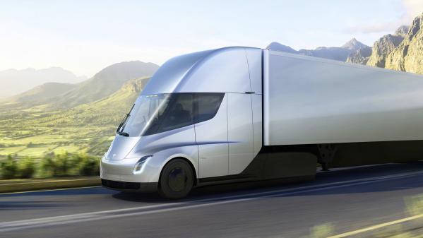 FranceTV info, Nouveau monde. Tesla dévoile son camion électrique semi-autonome et un nouveau roadster