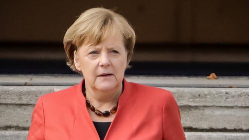 Migrants : crise au sein du gouvernement Merkel