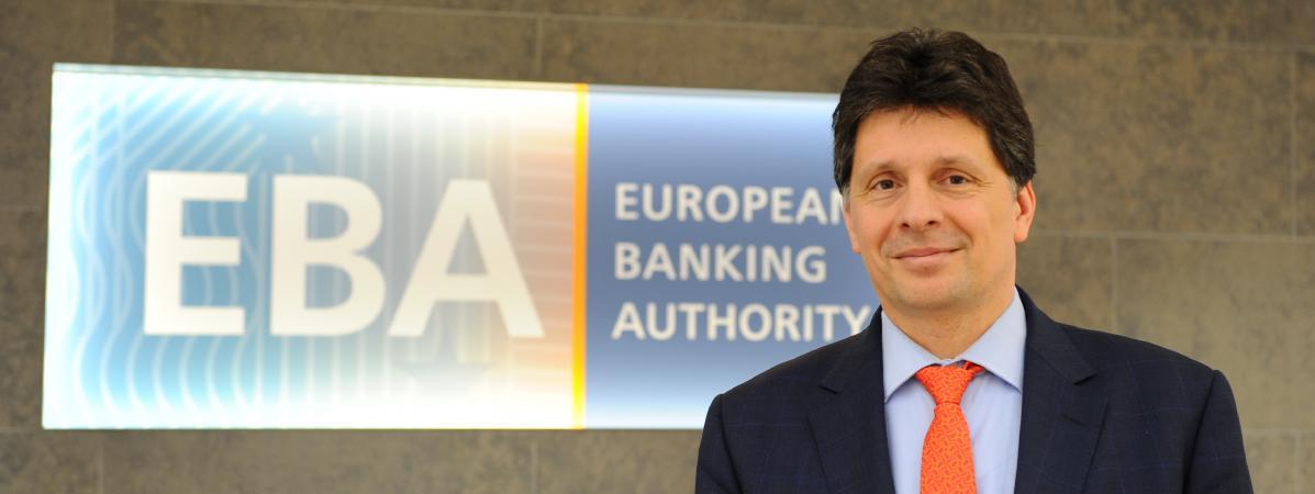 Adam Farkas, à la tête de l\'Autorité bancaire européenne (EBA), le 23 mars 2017, à Londres au Royaume-Uni.
