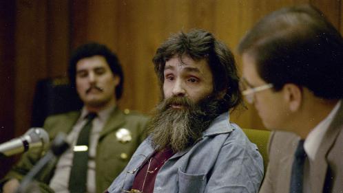 Le tueur en série américain Charles Manson est mort à l'âge de 83 ans