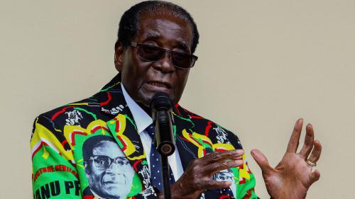 Zimbabwe : les trente-sept ans de pouvoir du despote Robert Mugabe en cinq étapes-clés