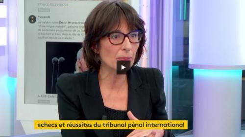 """VIDEO. Florence Hartmann : """"La justice n'a pas rôle de réconcilier, elle a rôle d'apporter les éléments qui permettent à la réconciliation"""""""