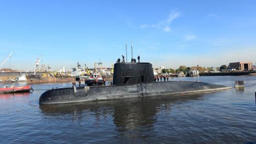 """Argentine : une """"explosion"""" a été enregistrée en mer le jour de la disparition du sous-marin"""