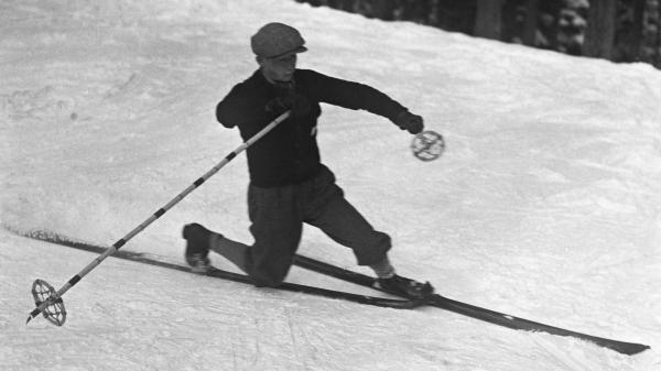 franceinfo junior. En quelle année a-t-on créé le ski ?